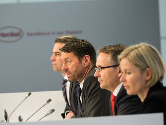 2014-03-04-Henkel-Press-Conference-3